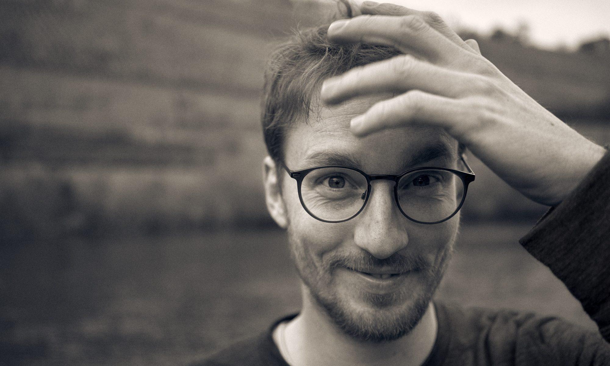 Hannes Wittmer, Singersongwriter, Folk, musician, Album, Das große Spektakel, Hamburg, Würzburg, Fotocredit Christoph Naumann