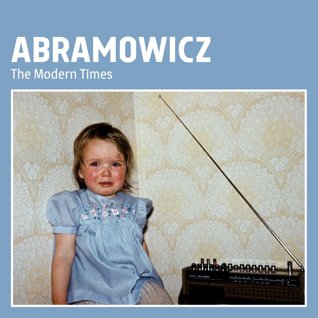 The Modern Times, Album, Debut, Abramowicz, Band, Indie, Rock, Rock 'n' Roll, Punkrock, Hamburg, Music, Scene, Molotow, Label, Radicalis, Interview, Sören Warkentin, Singer, Guitarist