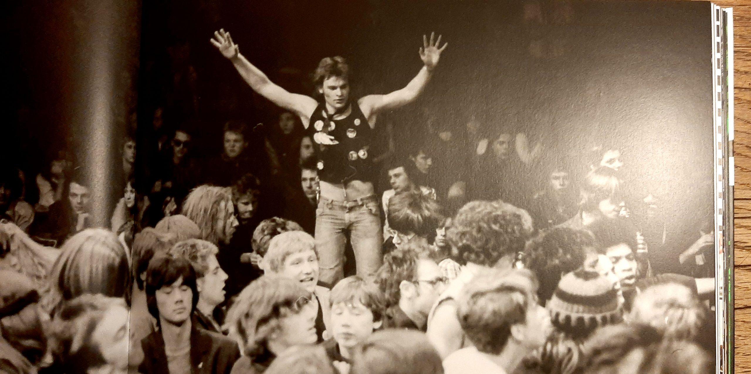 Punk, Szene, Hamburg, 70er, 80er, Markthalle, Musik, Hamburg Calling, Junius Verlag, Alf Burchardt, Bernd Jonkmnanns